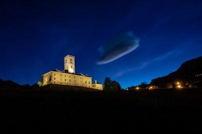 Castello Sarre di notte