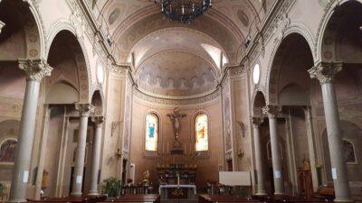 Interni chiesa di Chatillon