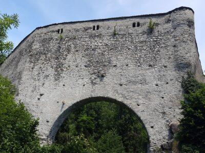 Ponte acquedotto medievale Grand Arvou